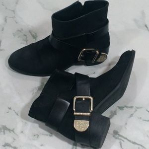 Vince Camuto Shoes - Vince Camuto Romeo Leather Buckle Booties